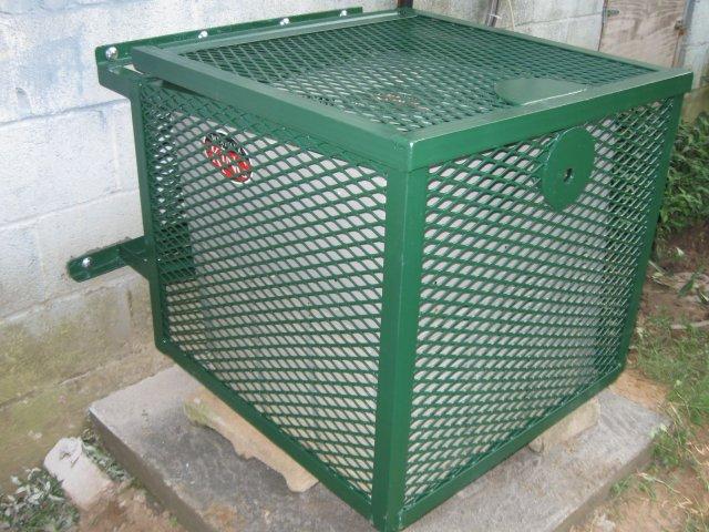 Rhino Cage